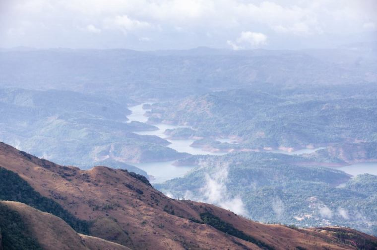 Mirador World's End (Fin del Mundo) en las Llanuras de Horton, Sri Lanka