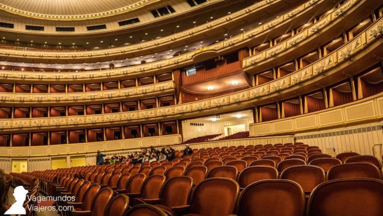 Patio de butacas de la Ópera de Viena