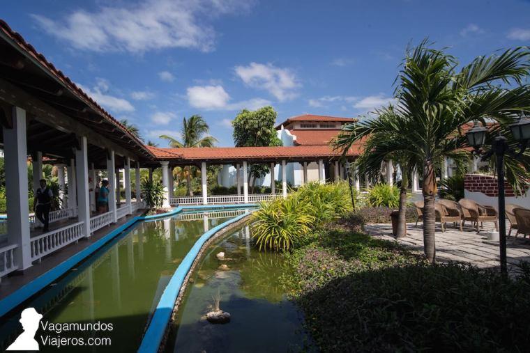 Zonas comunes en el hotel Grand Memories Cayo Santa María, Cuba