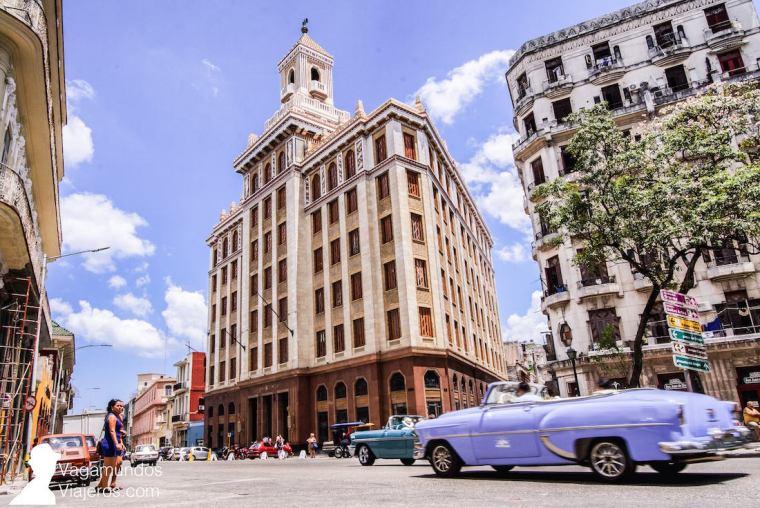 Edificio Bacardi en La Habana, Cuba
