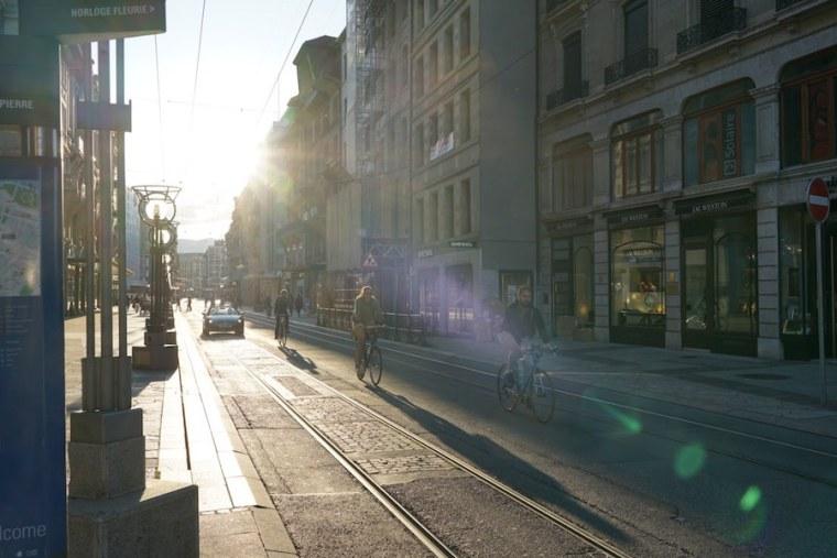 Parada de tranvía en Ginebra