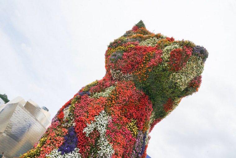 Puppy, el perro de 12 metros de alto creado por Jeff Koons para el Museo Guggenheim Bilbao