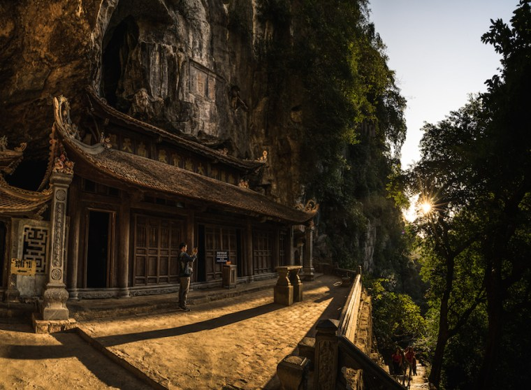 Interior de la pagoda Bich Dong, Ninh Binh