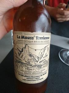 Cerveza Mouss' Terrienne elaborada con miel en Moustiers