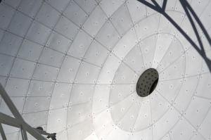 Detalle de una de las antenas que forman parte del proyecto ALMA en el desierto de Atacama