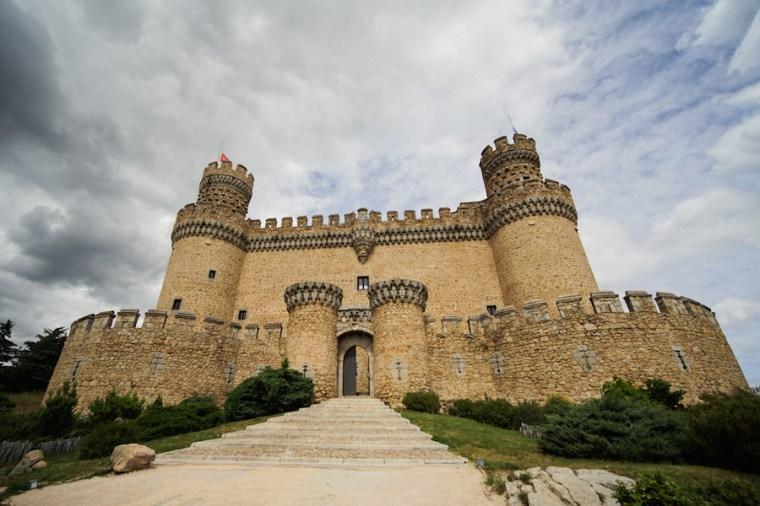 Entrada principal al castillo de Manzanares El Real, Madrid