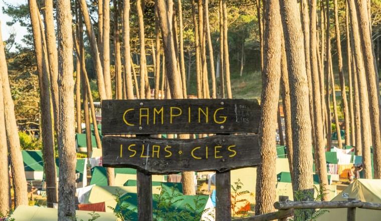 Letrero del camping de las islas Cíes