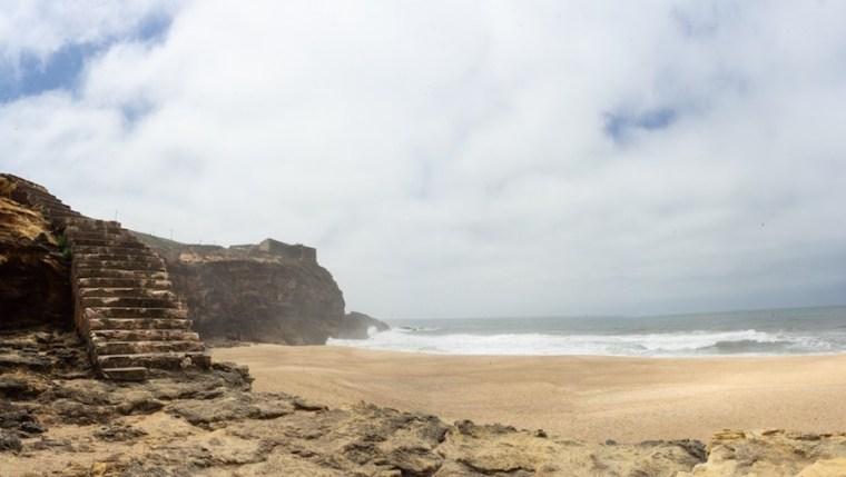 Camino que lleva del Fuerte a la Praia do Norte, Nazaré