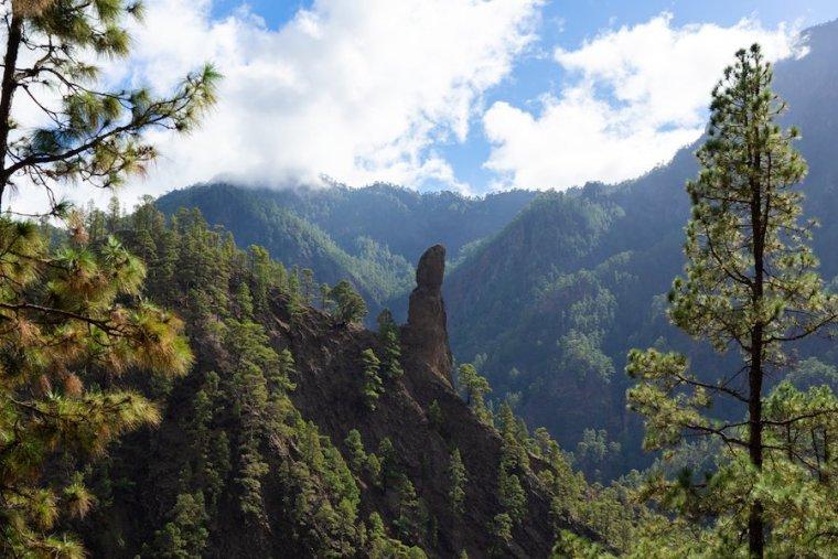 Roque Idafe en la Caldera de Taburiente, La Palma