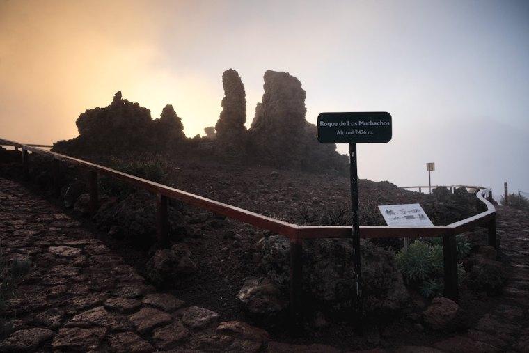 Las formaciones que dan origen al nombre de Roque de los Muchachos