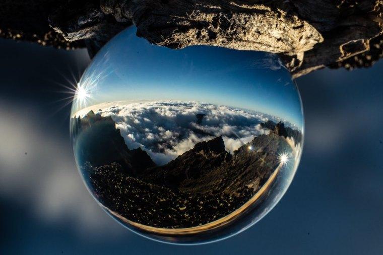 Fotografía con lensball desde el mirador de Roque de los Muchachos