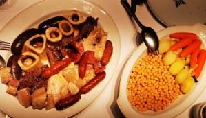 Garbanzos, verduras y carnes (segundo y tercer vuelco) del cocido de Carmen, en la Taberna Pedraza