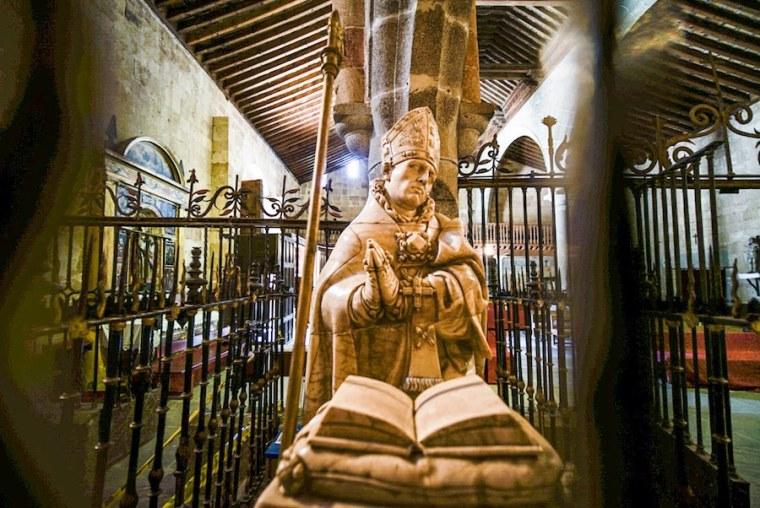 Sepulcro de San Segundo en la iglesia del mismo nombre, Ávila