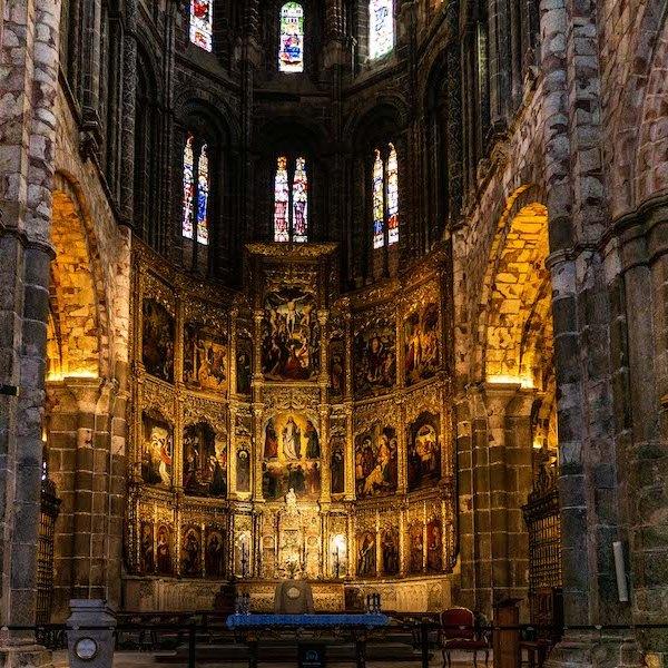 Retablo en el Altar Mayor de la Catedral de Ávila