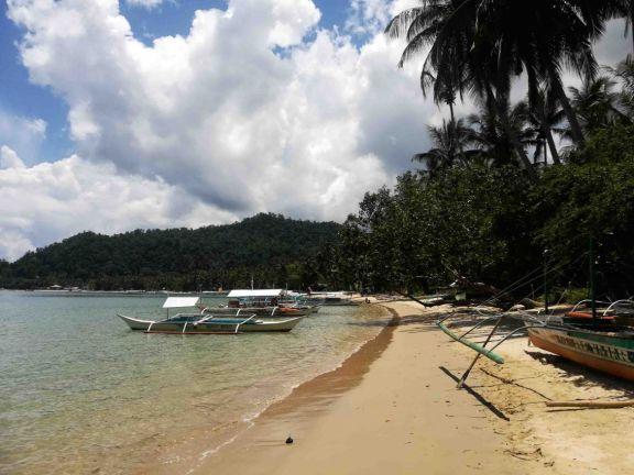 White Beach y Coconut Beach. Las mejores playas del Port Barton
