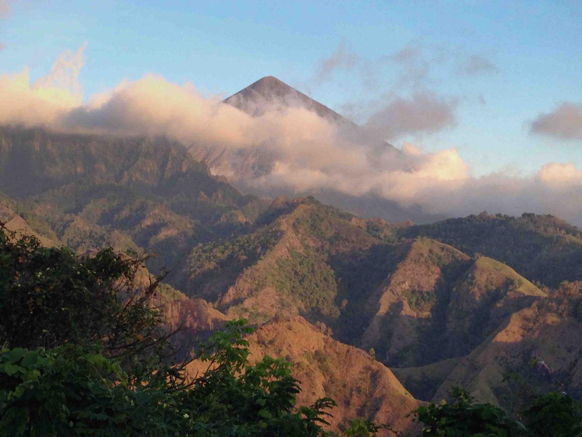 Gunung-Inerie-Flores