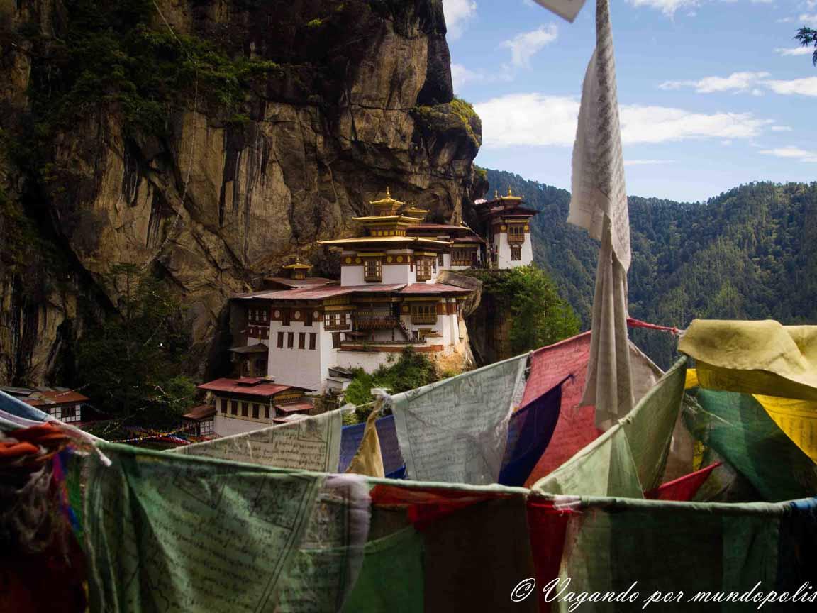 El Nido del Tigre: Subida a un monasterio de leyenda