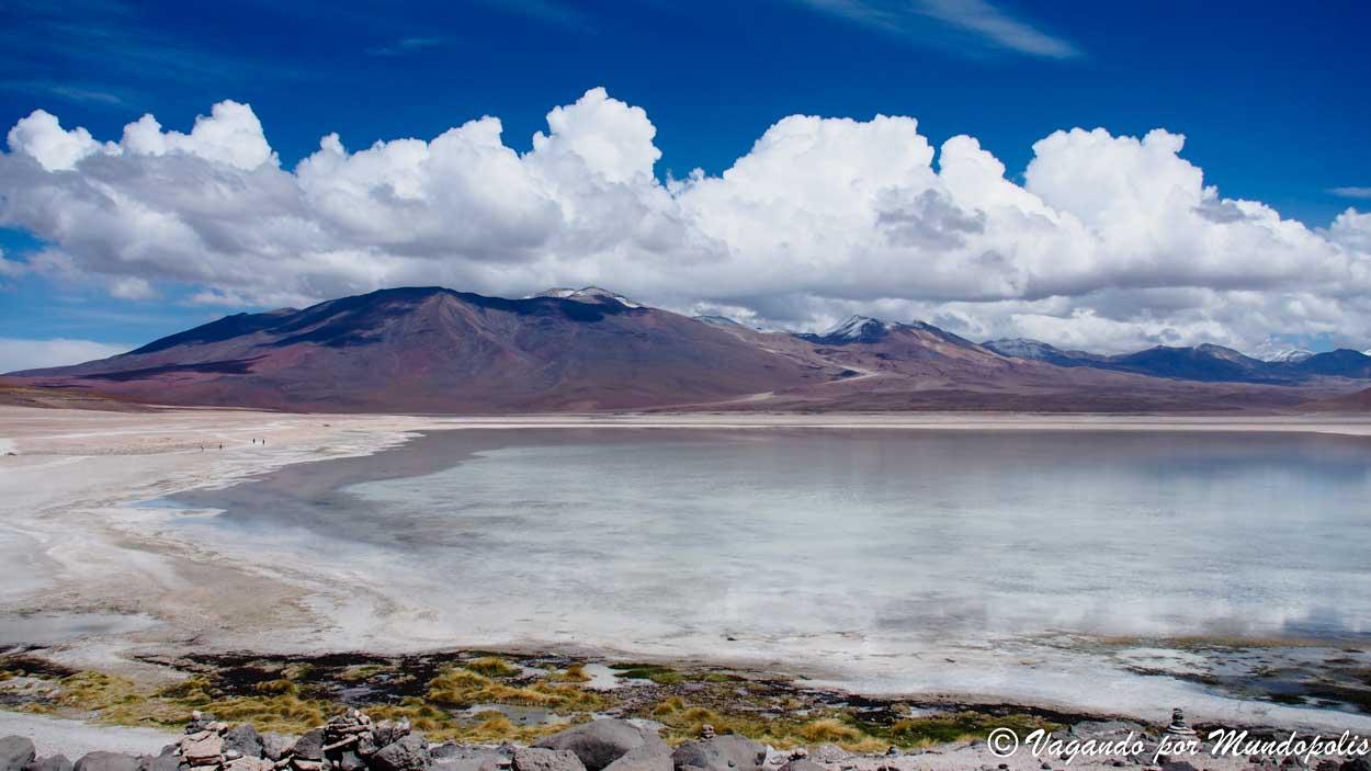 laguna-blanca-bolivia