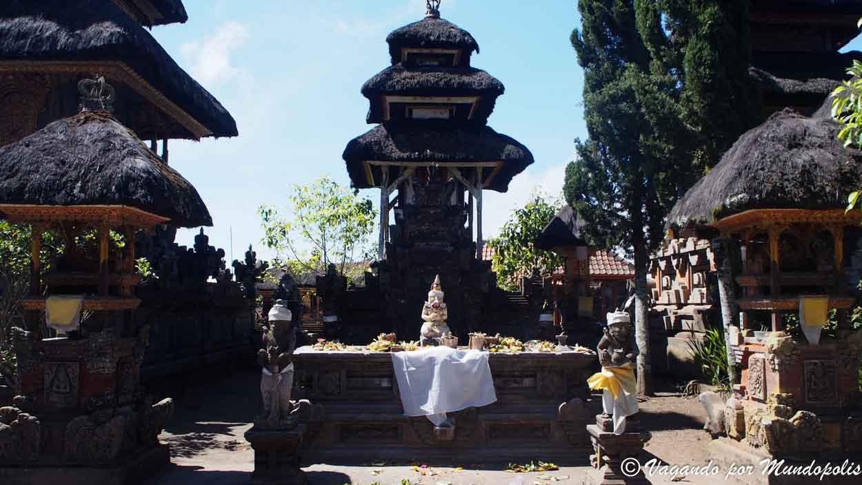Pura-Ulun-Danu-Batur