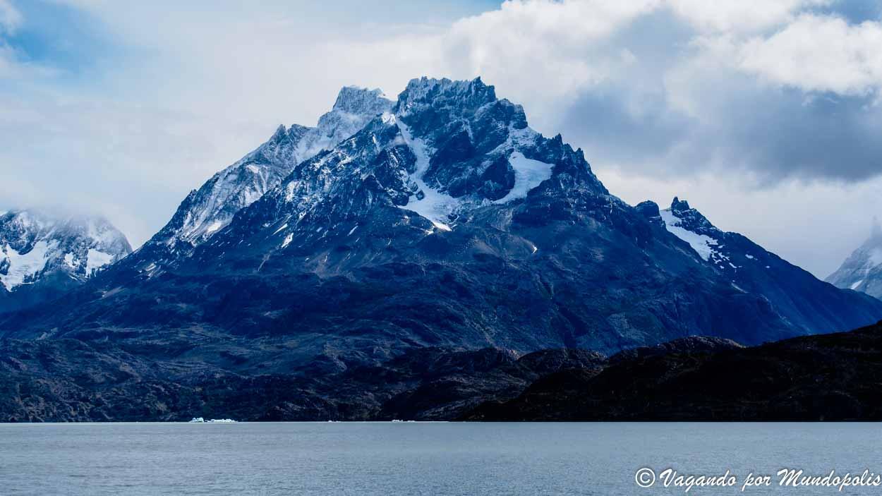 lago-grey-torres-del-paine