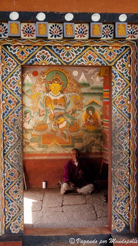 Monasterio-Chimi-Lhakhang-Bhutan
