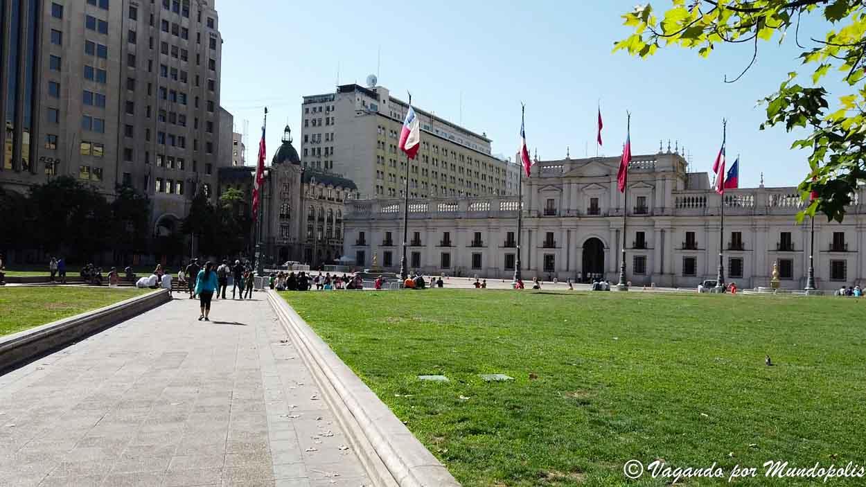 palacio-de-la-moneda-santiago-de-chile