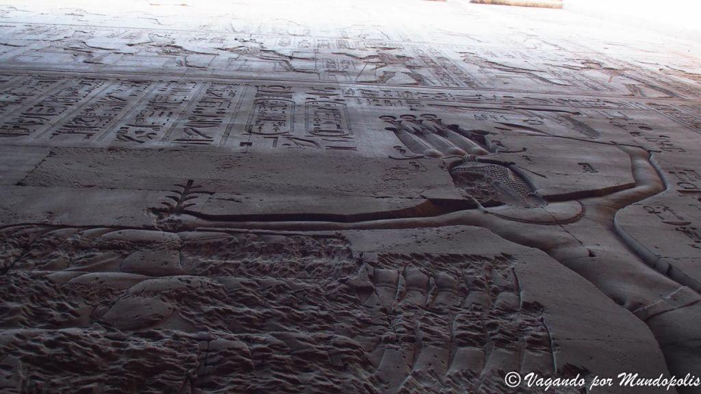 bajo-relieve-egipcio