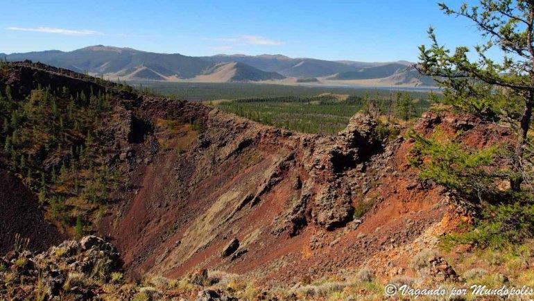 que-ver-en-mongolia-volcan-khorgo