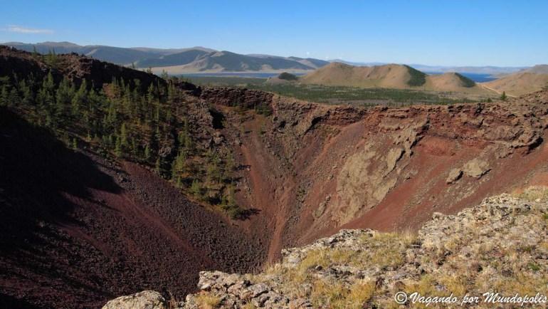 que-ver-en-mongolia-volcan-khorgo-