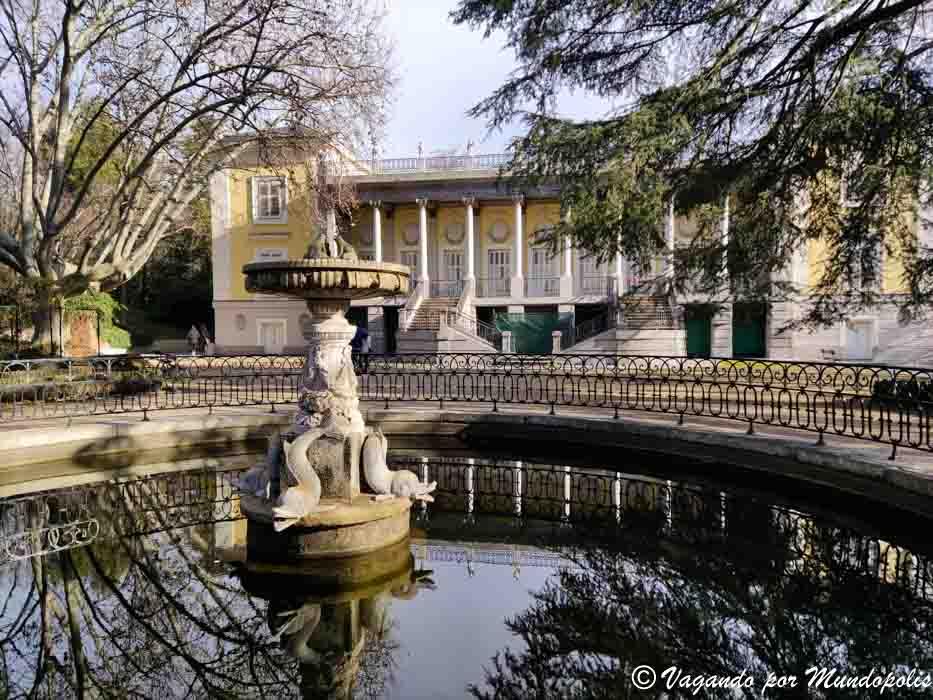 palacio-duques-osuna-parque-capricho