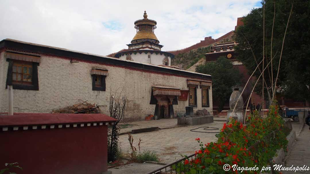 monasterio-pelkor-gyantse-tibet