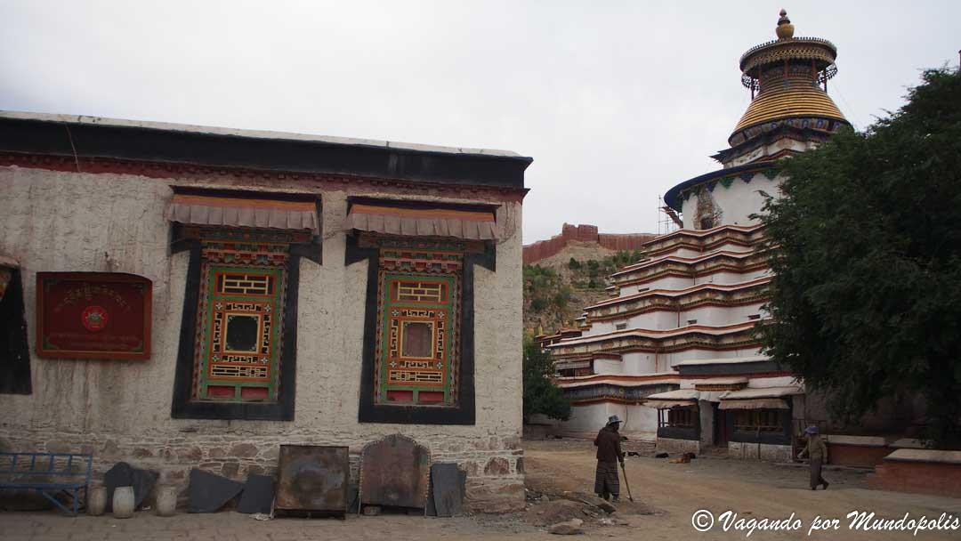 kumbum-gyantse-tibet