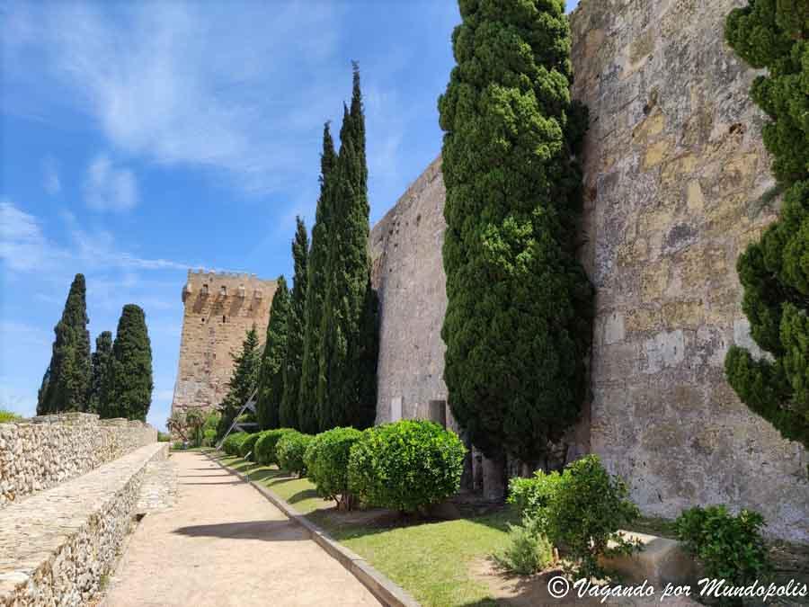 que-ver-en-tarragona-en-un-dia-murallas-romanas