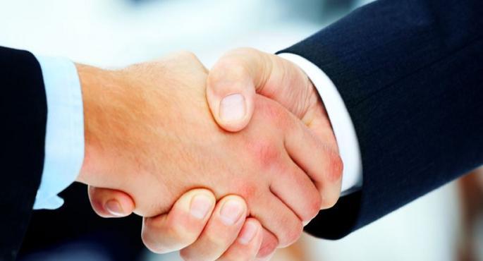 Empresa do ramo imobiliário contrata Consultor de Vendas