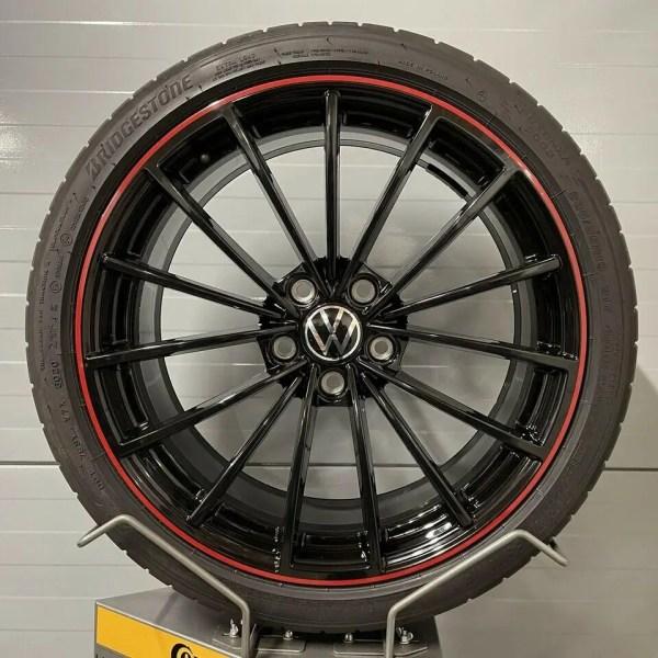Original VW Golf 8 GTI Clubsport 45 Edition SCOTTSDALE 19 Zoll 5H0601025AH 8J x 19 H2 ET50 Sommerräder Bridgestone Kompletträder Alufelgen