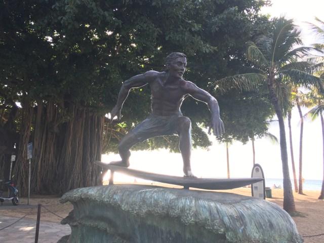 Waikiki surfing
