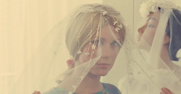 catherine-deneuve-the-umbrellas-of-cherbourg