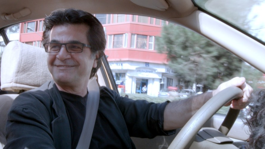 jafar-panahi-taxi-three