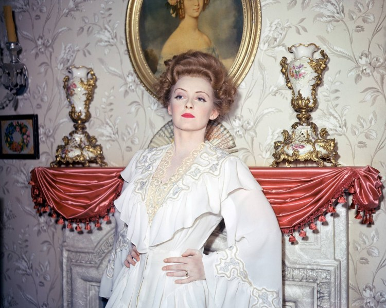 Bette Davis in 'The Little Foxes' (1941) Photo: Doctormacro.com