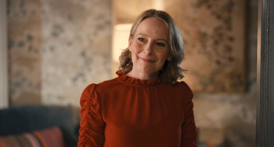 Only Murders in the Building Cast - Amy Ryan as Jan