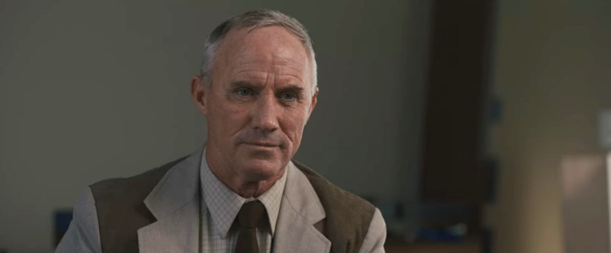 Intrusion Cast on Netflix - Robert John Burke as Stephen Morse