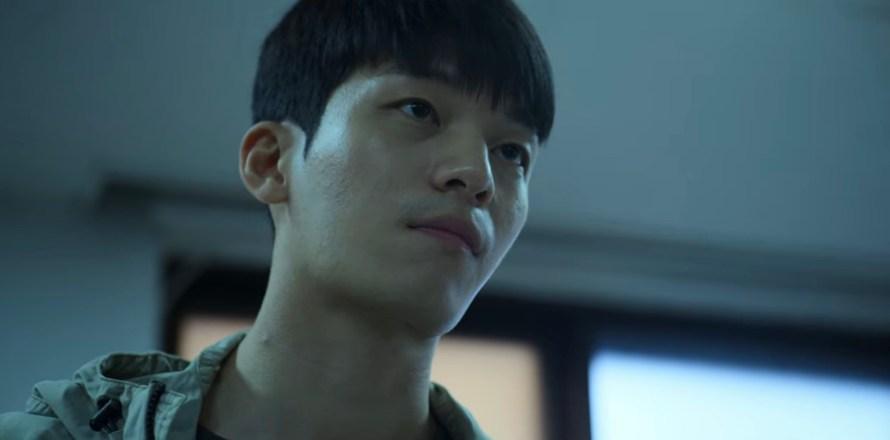 Squid Game Cast - Wi Ha-joon as Hwang Jun-ho