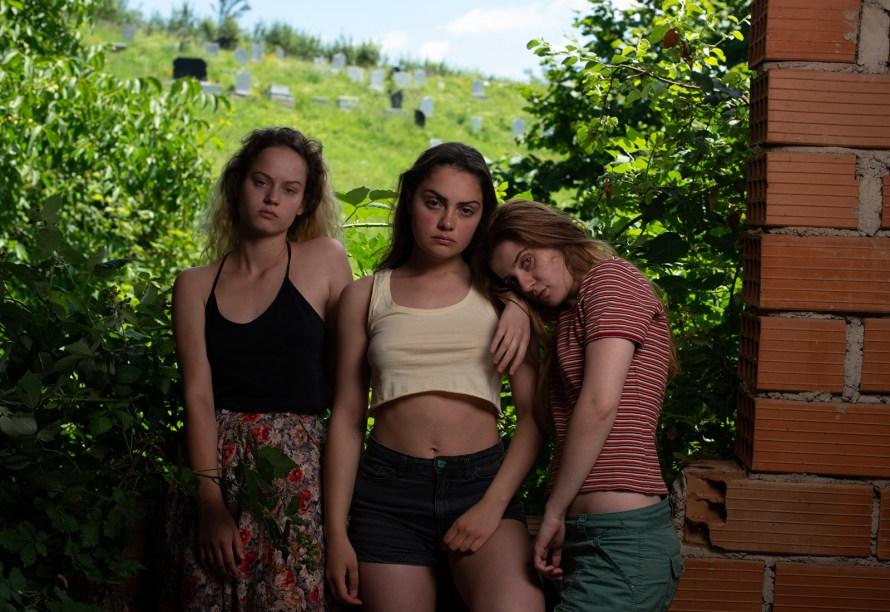 The Hill Where Lionesses Roar 2021 Movie - La colline où rugissent les lionnes