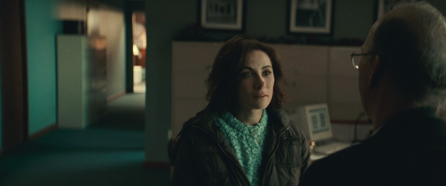 Worth Cast on Netflix - Laura Benanti as Karen Abate