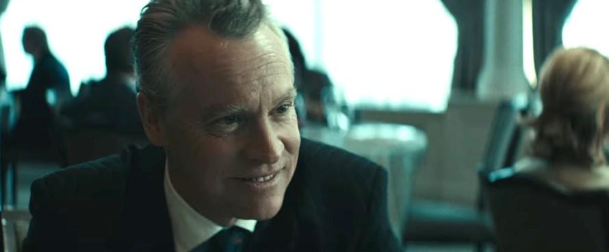 Worth Cast on Netflix - Tate Donovan as Lee Quinn