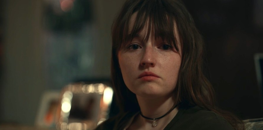 Dopesick Cast - Kaitlyn Dever as Betsy Mallum