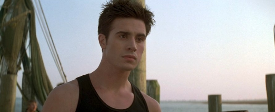 I Know What You Did Last Summer Cast - Freddie Prinze Jr. as Ray Bronson