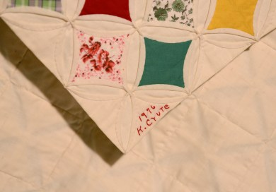Signature on 1976 cathedral window quilt