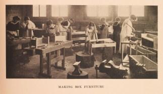 Fredericksburg students in a practical arts class (Fredericksburg bulletin, LD 7251 .M225 B82 v.1 , no. 2 June 1915)
