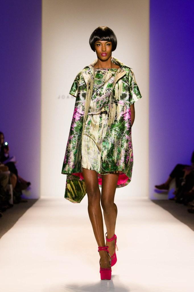 optimized-vail-fucci-099-Joanna-Mastroianni-spring-2013-Vail-Fucci-Kryolan-fashion-week-0960724